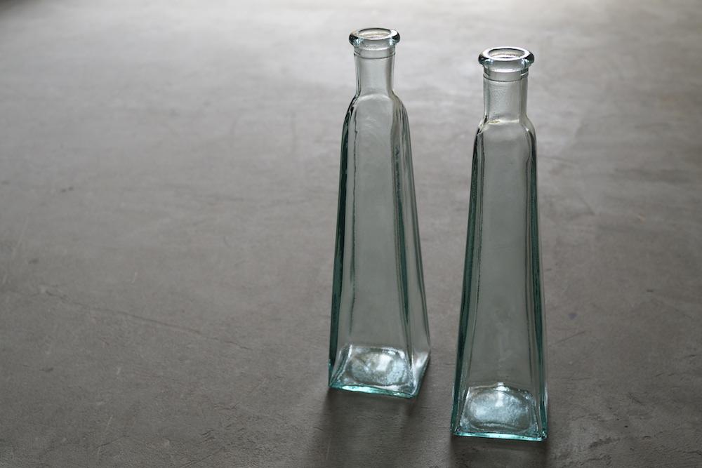 Vintage Glass bottle F<p>ヴィンテージ ガラスボトル F</p>