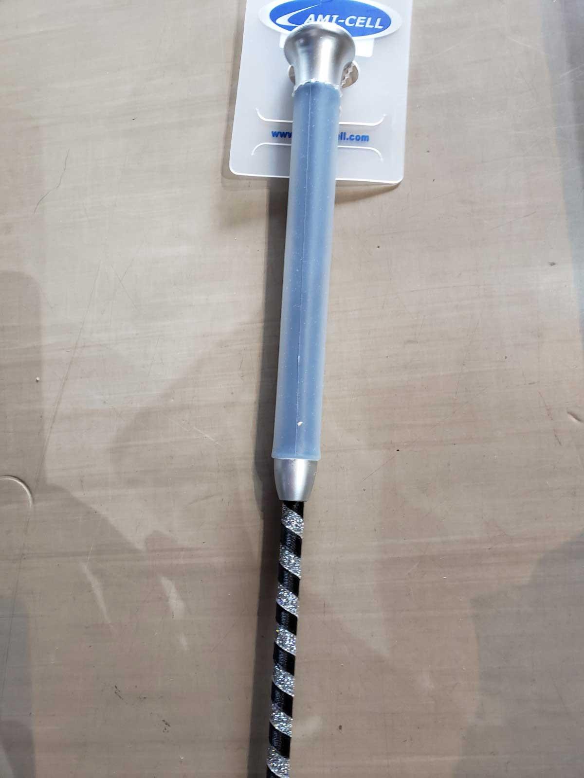 ラミセルゲルハンドル(紺)鞭 シルバーライン