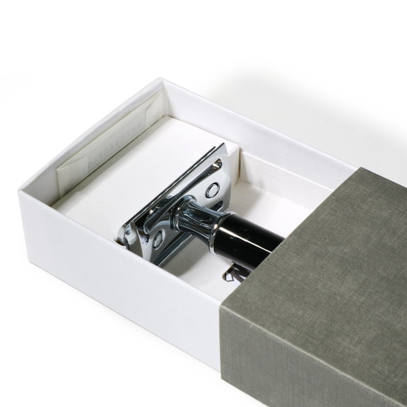 トラディショナル レイザー(ブラックレジン) スタンド付き クローズドコム/MUHLE(両刃カミソリ)