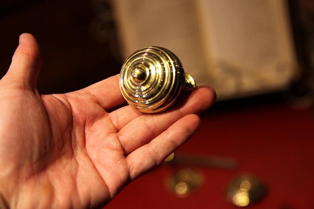 アンティーク イギリスで買い付けた 真ちゅう製ドアノブ(ペア)