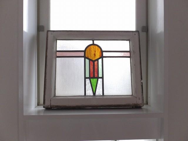 アンティーク 幾何学模様のステンドグラス