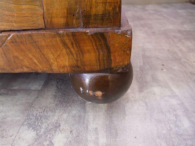 イギリスで見つけたアンティーク ウォールナット製のダベンポート