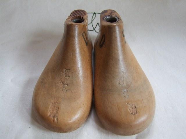 アンティーク 木型の靴C(こどもサイズ)