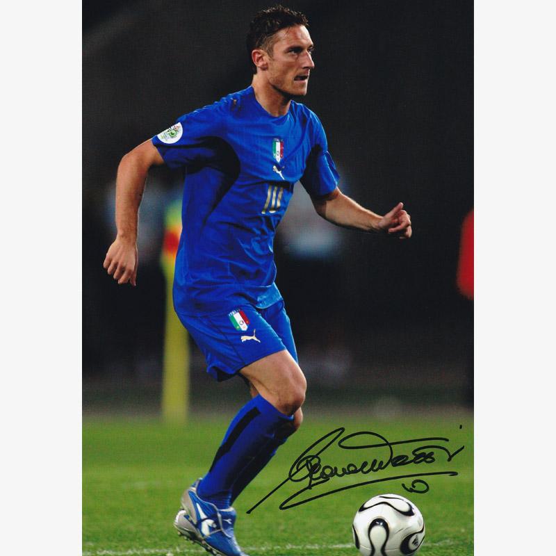 トッティ直筆サイン入りイタリア代表2006フォト (ワールドチャンピオン)