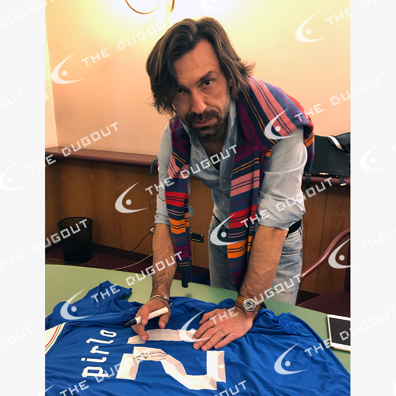 ピルロ直筆サイン入りイタリア代表2012ホームユニフォーム特製フレーム