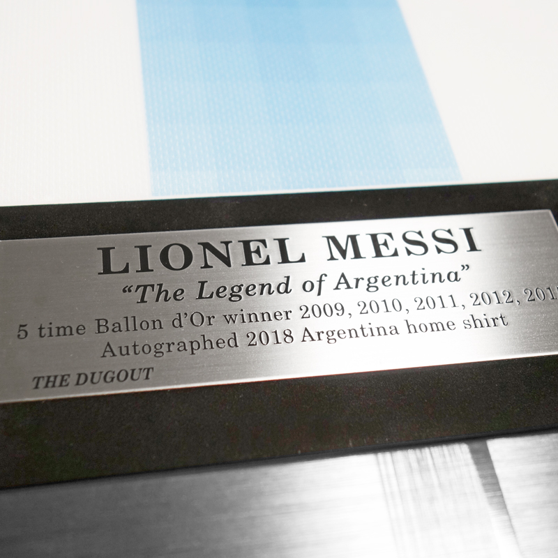 メッシ直筆サイン入りアルゼンチン代表2018ホームユニフォーム特製フレーム