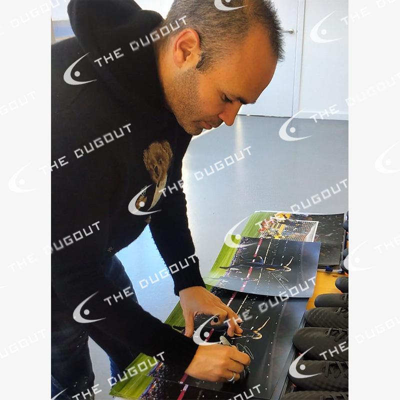 イニエスタ直筆サイン入りバルセロナ17/18フォト特製フレーム (ラストゴール)