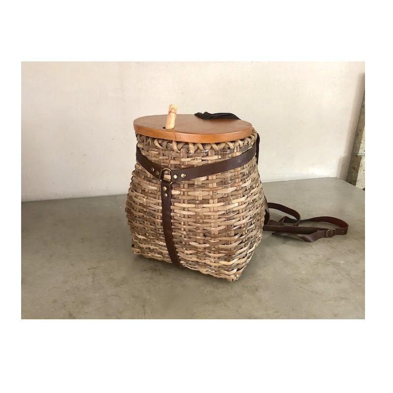 ラタンのピクニックバックパック