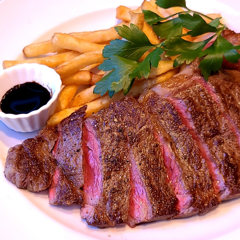 やまちくアン黒 ステーキ用 リブロース&サーロインセット