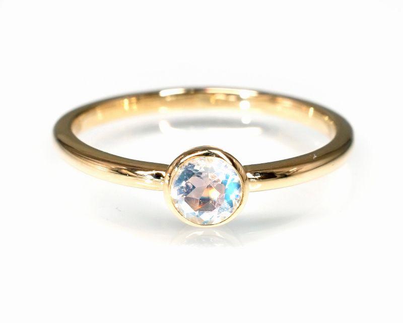 ブルームーンストーン(カット) K18リング・指輪 【モテ・異性】 LUCAS  - Clochette [送料無料]