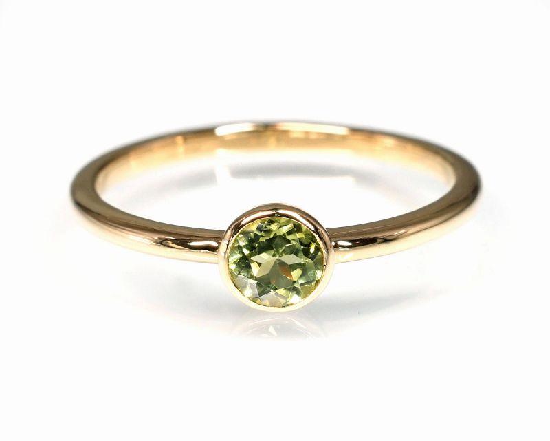 ペリドット(カット) K18リング・指輪 【ポジティブ・克服】 petitnoel  - Clochette [送料無料]