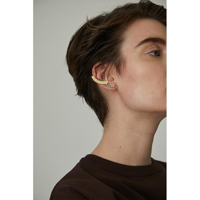 RIM.ARK / リムアーク  Double plate ear cuff