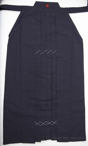 最高級ポリエステル袴(紺) サイズ16〜20号