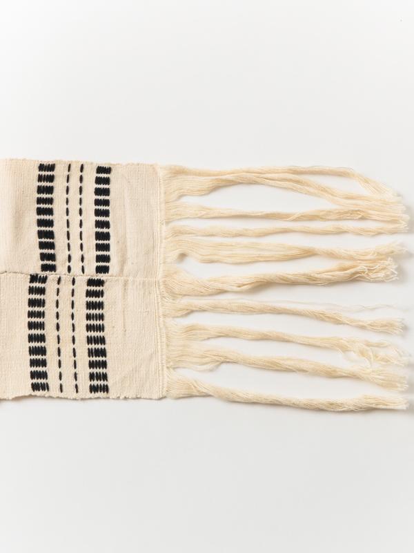 ブルキナファソ 刺し子刺繍布(モノトーン)