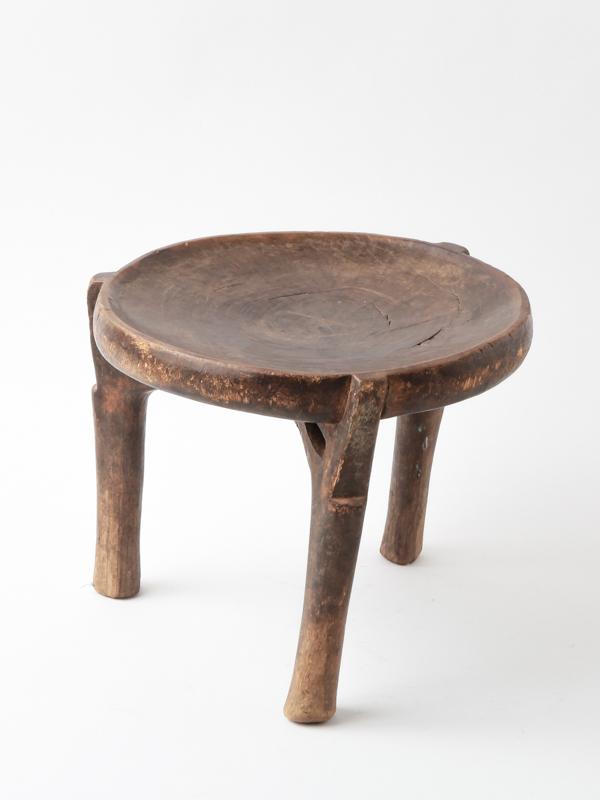 *ヘヘ族 椅子