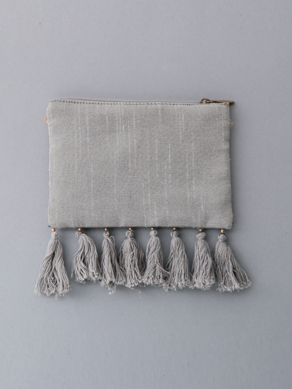 フリンジ付ビーズ刺繍ポーチS(2タイプ)