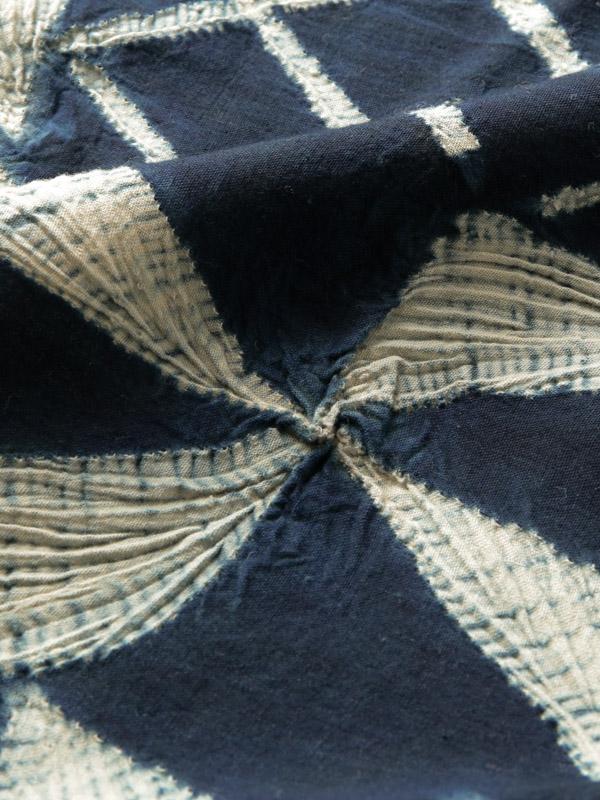イボ族 藍絞り布B