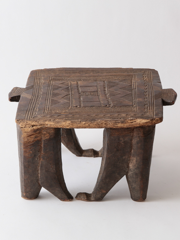 【50%OFF】ヌペ族 椅子