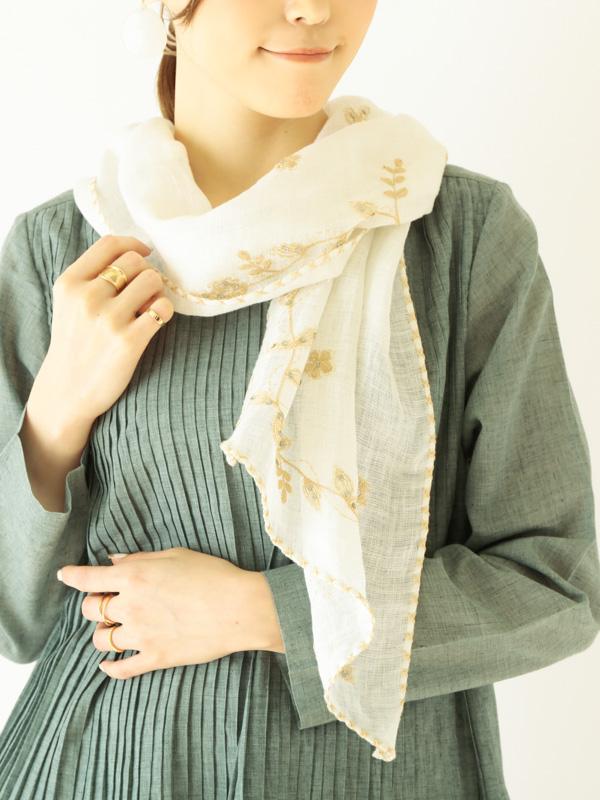 花刺繍バイアスショール(保冷剤ポケット付き) B21S038