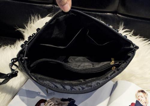 spab 939upk3 クラッチバッグ ショルダーバッグ レディース バッグ レザー スタッズ かばん 鞄 小物入れ