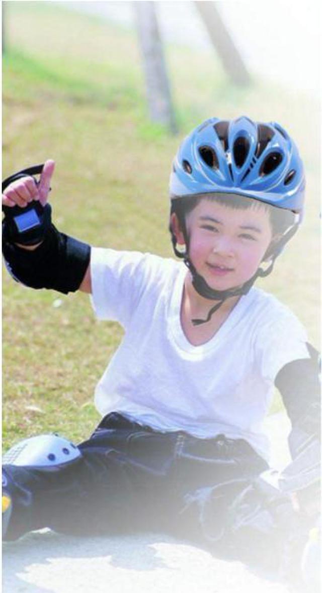 yhza 132tk25 レッド 子供用 ヘルメット 自転車 スケート 調整可能 サイズ マルチスポーツ 安全