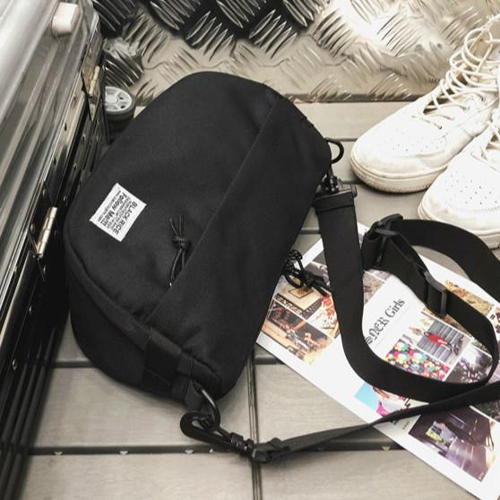 zvpa 082upk3 【ブラック】  メッセンジャーバッグ 斜め掛け キャンバス 帆布 軽い バック カバン ショルダーバッグ ボディバッグ ウエストバッグ
