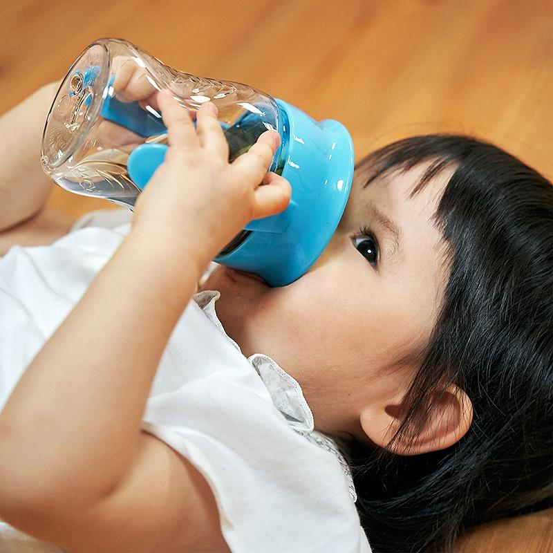 【送料無料】 2021リニューアル!Wowcup Babyトライタン ワオカップベビー【ブルー】 フタをしたまま飲める 不思議なカップ!ワオカップ フタ付き カップ