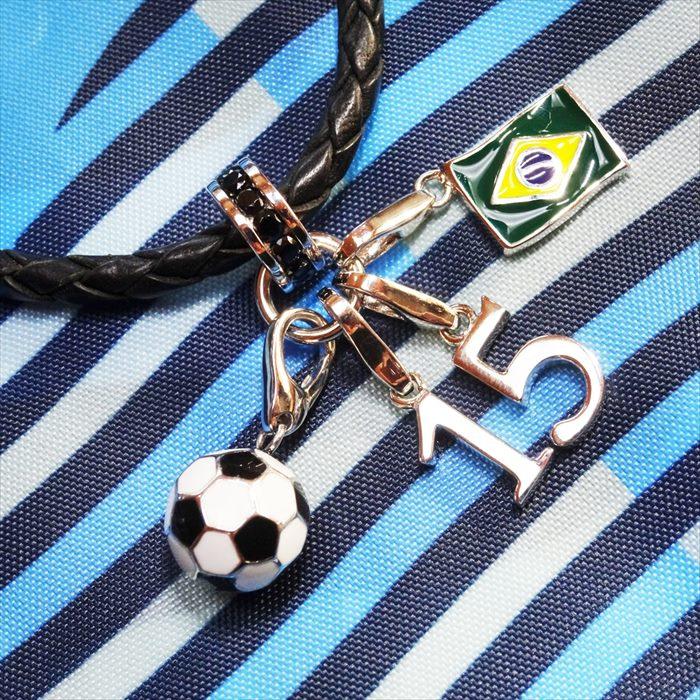 チャーム フラッグ ブラジル