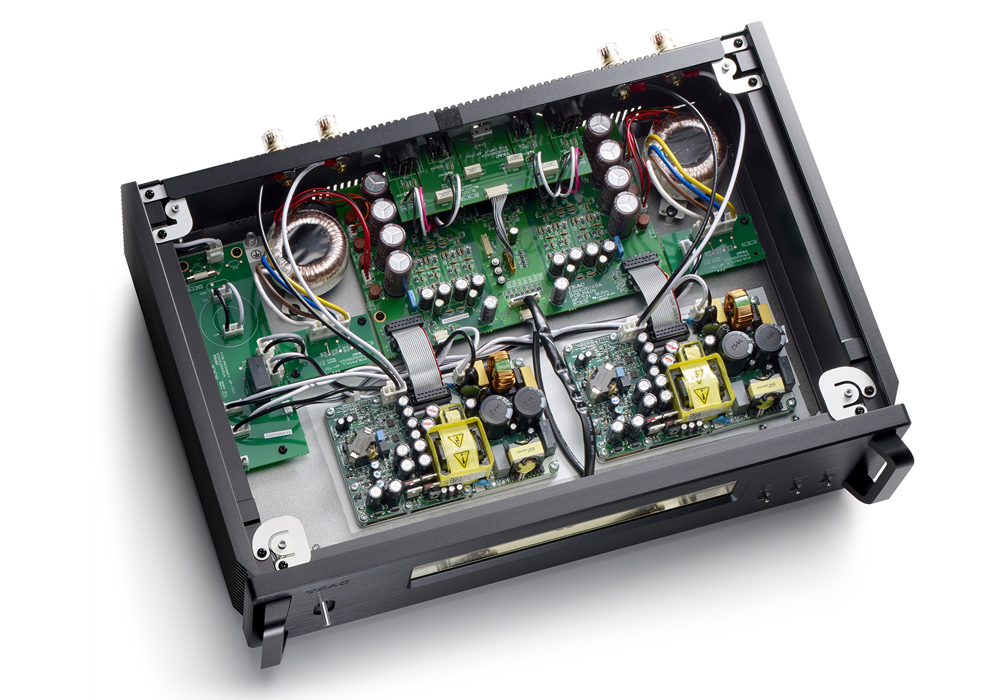 TEAC - AP-701-B/ブラック(ステレオ・パワーアンプ)《e》【在庫有り即納】