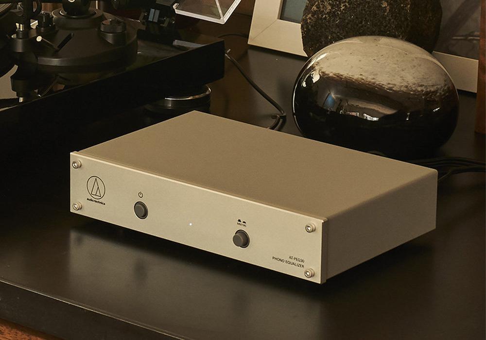 audio-technica - AT-PEQ30(MM/MCフォノイコライザー)《e》【在庫有り即納】
