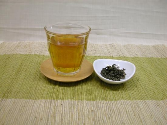 絆茶(ティーバッグ 1.5gx20袋入り ) 岩手県九戸村産 甘茶を使用 / メールOK / 株式会社 本物研究所