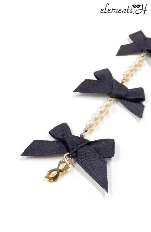 Ribbon Ribbon ピアス 082926P