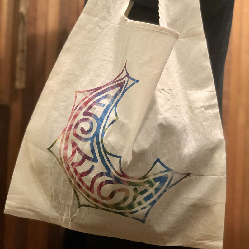 THE MOON SHOPPING Tote