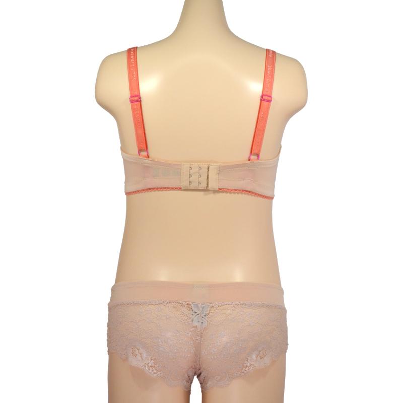 [D65][D80]のみ 肌に馴染んで、きれいに見せる。脇はすっきり、トップはふっくら、赤ちゃんに見せるだけじゃもったいない!授乳ブラ・マタニティブラ(ノンワイヤー)