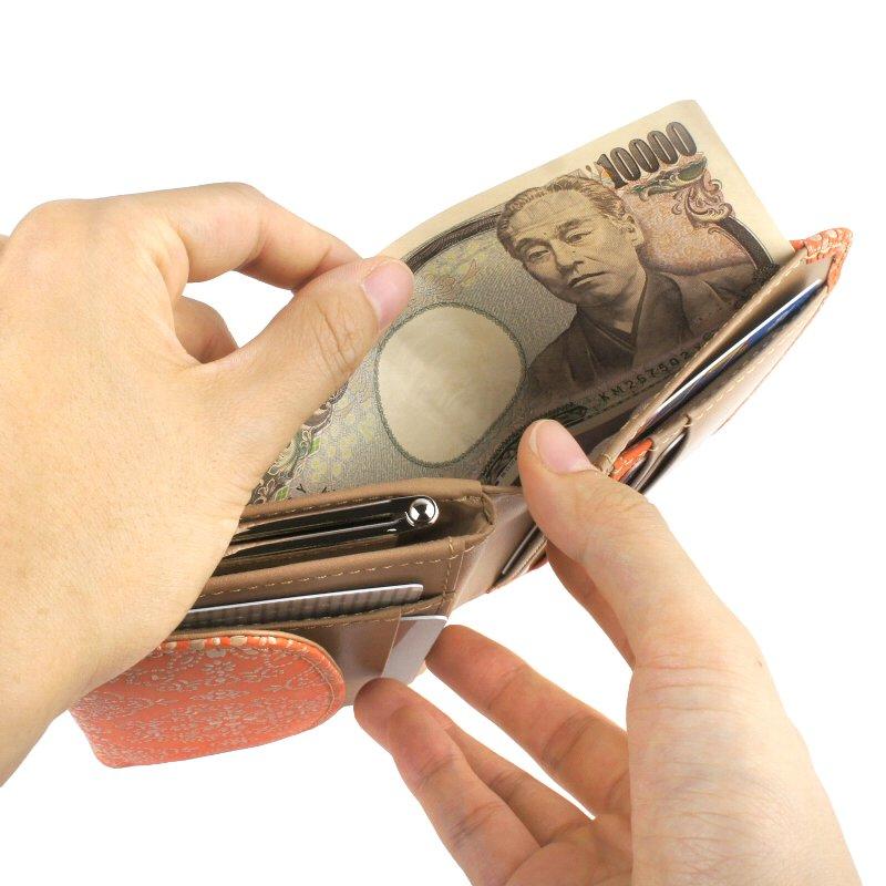 二つ折り財布 がま口 漆 牛革 日本製 レースフラワー isuru JAPON