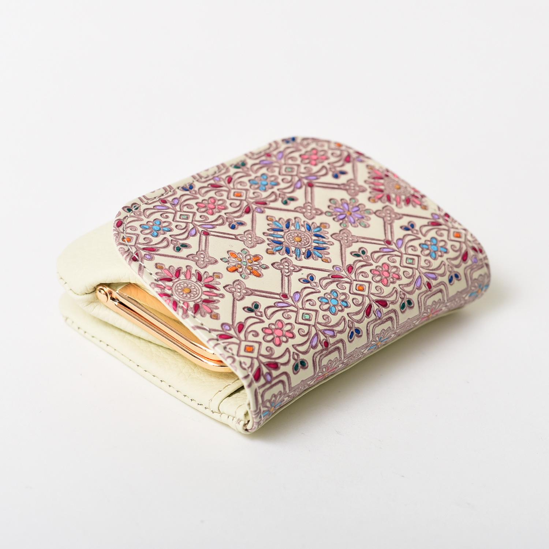 友禅文庫 フラワーガーデン かぶせがま口財布
