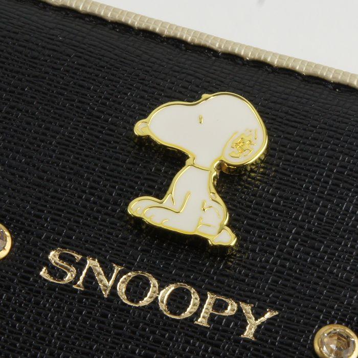 落ち着いたカラーリングとスヌーピーのブローチで上品な印象をもたせる小銭入れ【SNOOPY】
