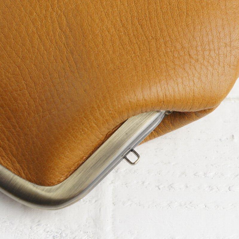 触り心地の良い天然牛革を使用したナチュラルな親子がま口財布【Les.conni】