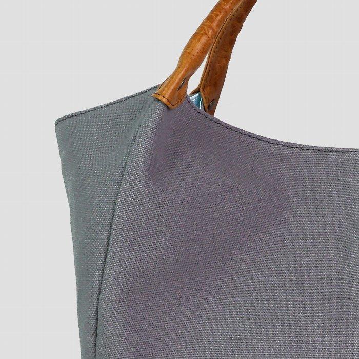バッグ トートバッグ レディース 軽い キャンバス 帆布 撥水加工 日本製 国産 本革 馬革 キュート 便利 軽量 paccapacca