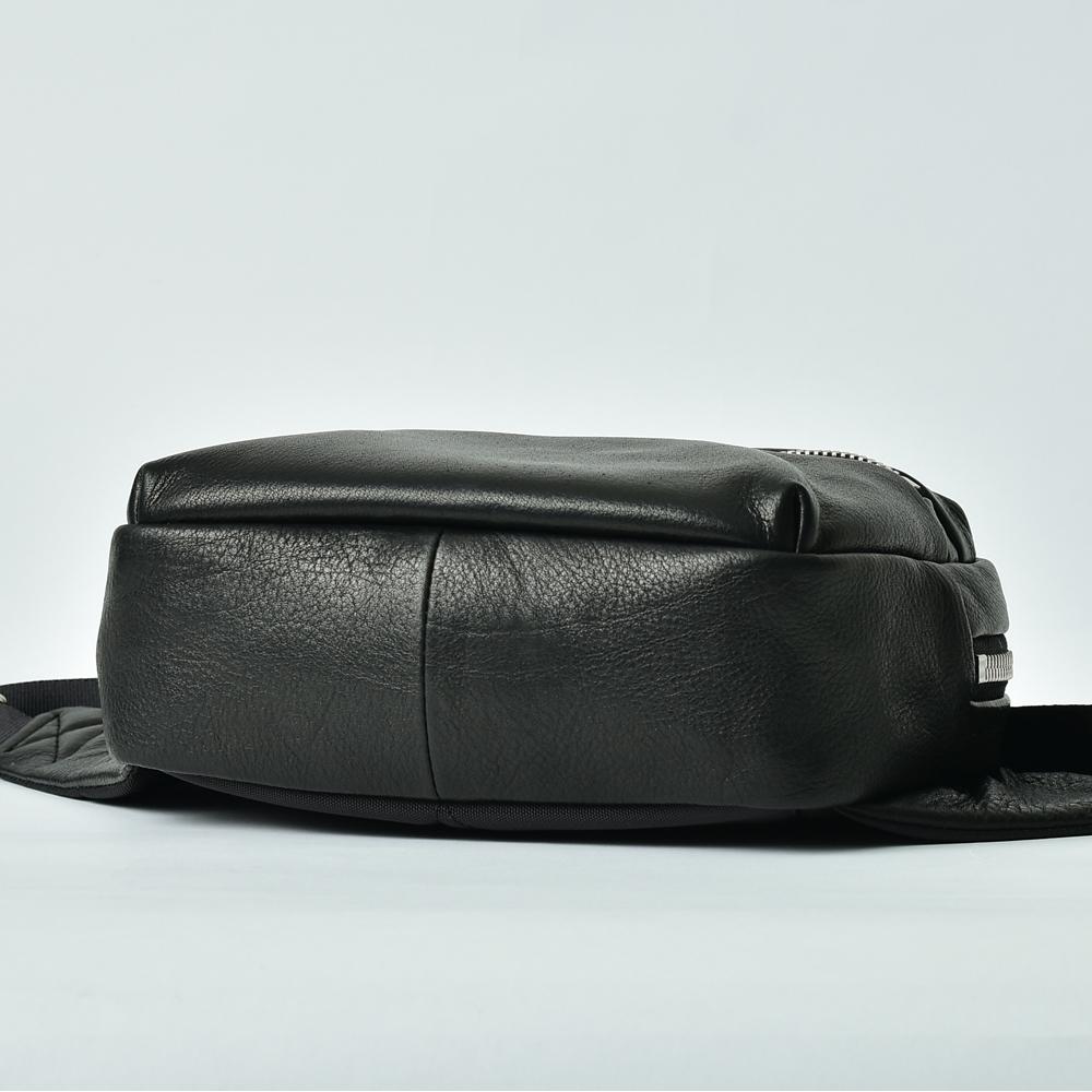 レザーミニウエストバッグ【Noir et lumiere】