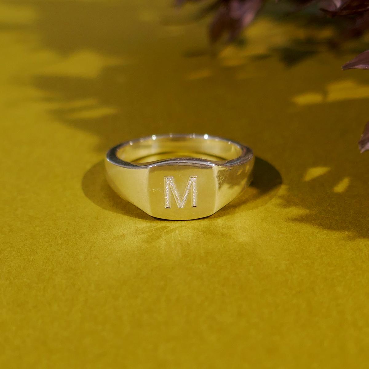 【WEB限定】 Square Signet Ring