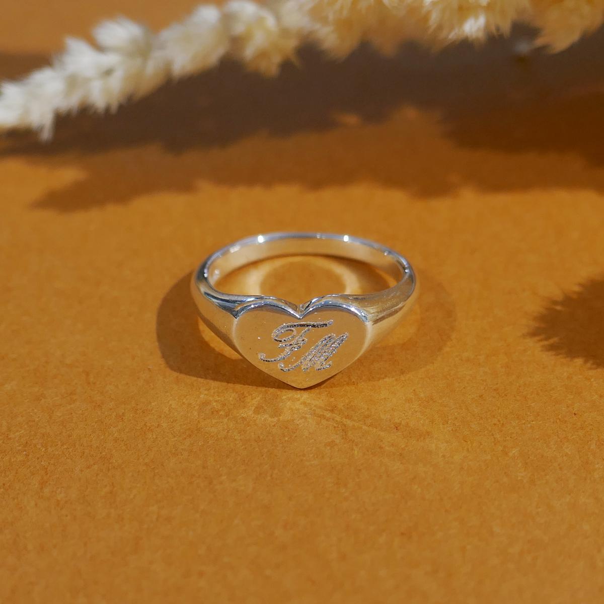 【WEB限定】 Heart Signet Ring