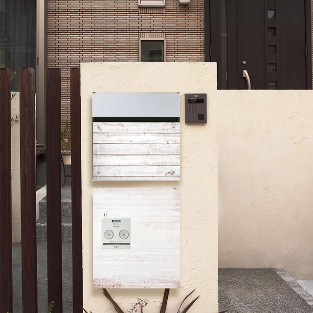 アンティークな木箱のような風合い デザインパネル仕様 戸建住宅用宅配ボックス パナソニック コンボ COM-3-12-R 右開きタイプ