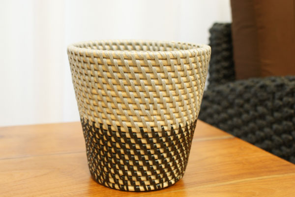 シンセティックラタン 鉢カバー Sサイズ グレー/ブラック