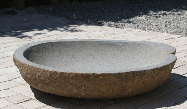 リバーストーン 手水鉢 浅型 02