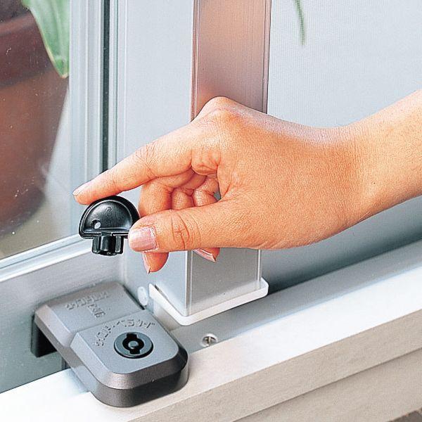 防犯 窓ロック 窓のカギ 鍵 強力 ウインドロックジャンボ カギ付き 上枠・下枠兼用 ベランダ引戸・サッシ窓用補助錠