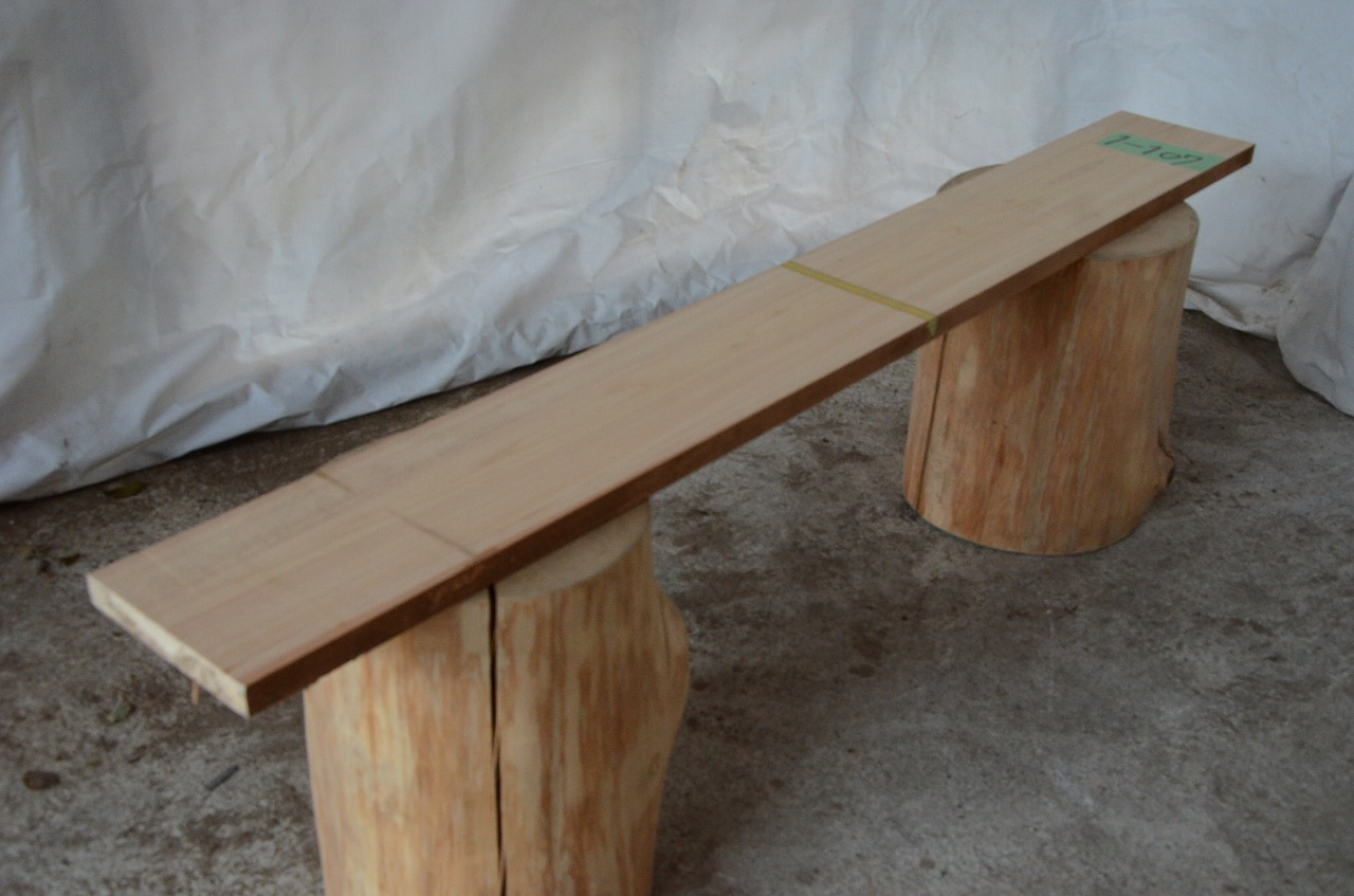 1-107 檜 (ヒノキ) 一枚板 三橋製材所 (あきる野市)