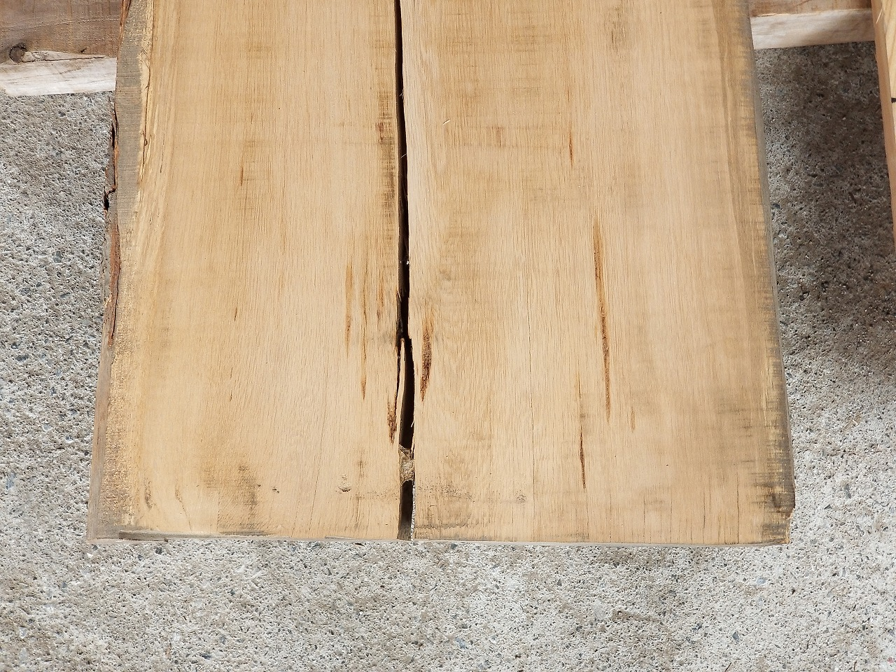 4-008 楢 (ナラ) 一枚板 戸山家具製作所 (海老名市)