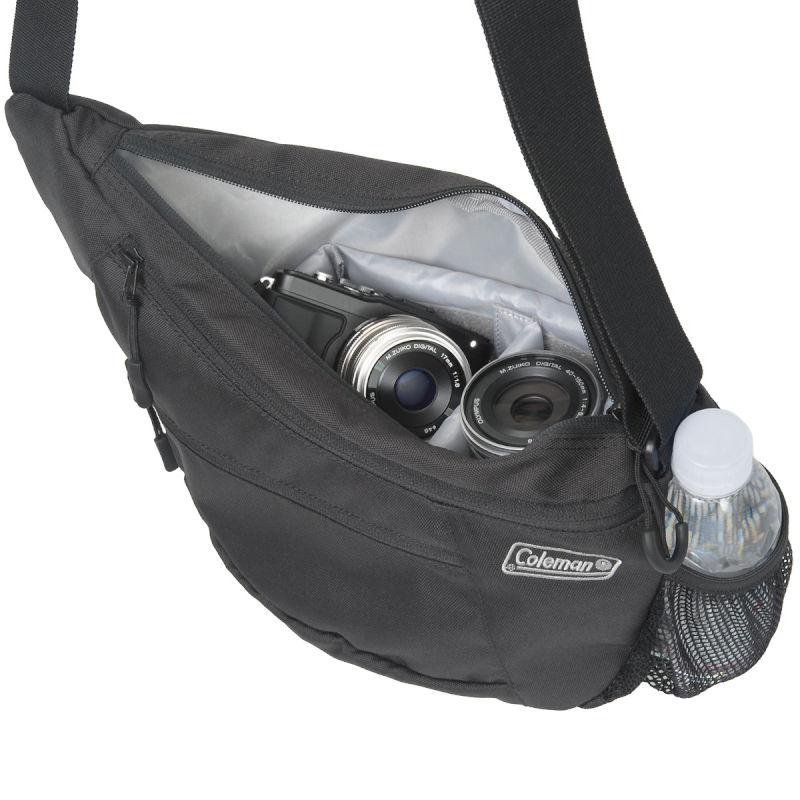 コールマン カメラショルダーバッグ (2色) /Coleman カメラバッグ