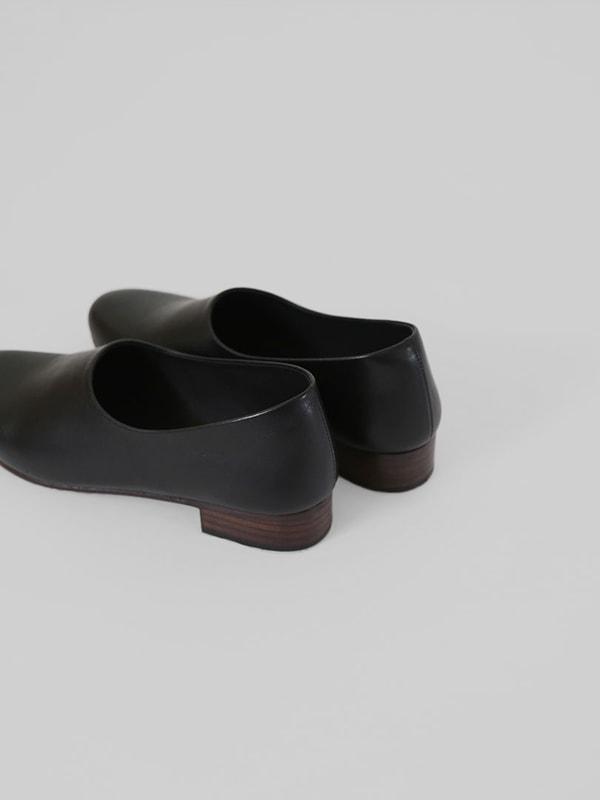 leather slipon